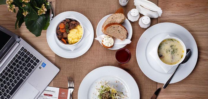 ¿Por qué realizar 5 comidas diarias
