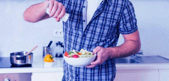 6 trucos para aprender a limitar el consumo de sal en tu dieta