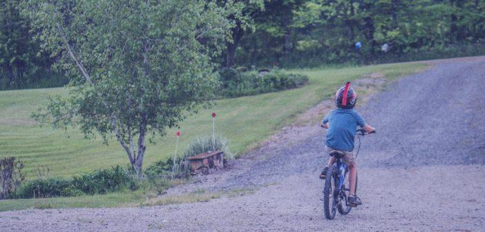 Para tener una espalda sana es imprescindible que los niños se muevan